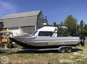 2007 Motion Marine 26 Outback Offshore LXV
