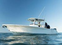 2021 Sea Hunt Gamefish 30 with Coffin Box