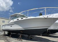 2001 Wellcraft 330 Coastal