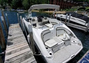 2017 Yamaha Boats 242 Limited E-Series