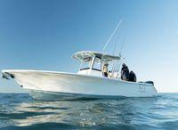 2022 Sea Hunt Gamefish 30 Coffin Box