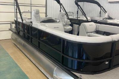 2022 Bentley Pontoons 2022 Navigator 223