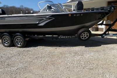 2016 Crestliner 2250 Authority