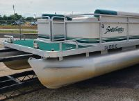 1997 Sweetwater 240