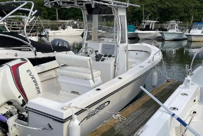2015 May-Craft 2000 Center Console