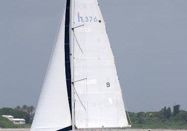 1997 Hunter 376