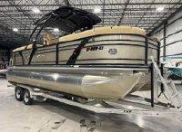 2021 Veranda VP22RCT Luxury Tri-Toon