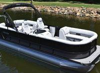 2022 Bentley Pontoons 220 navigator