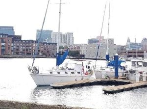 1981 Seafarer 37C