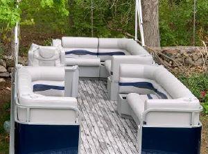 "1998 Custom Custom 24'9"" pontoon boat"