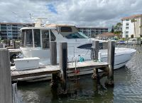 2000 Cruisers Yachts 4450 Motor Yacht