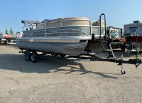 2018 Sun Tracker Party Barge 20DLX