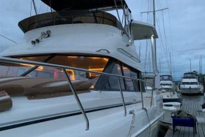 1994 Silverton Aft Cabin Yacht