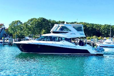 2018 Tiara Yachts F53 Flybridge