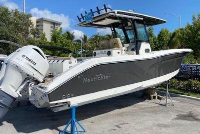 2020 NauticStar 32XS