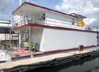 2010 Custom 54 x 24 Houseboat