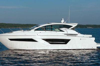 2021 Cruisers Yachts 46 Cantius