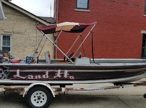 1985 Alumacraft Fishing Boat