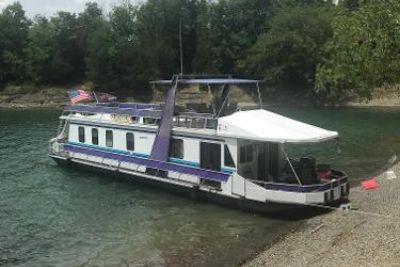 1989 Stardust Cruisers 14x64