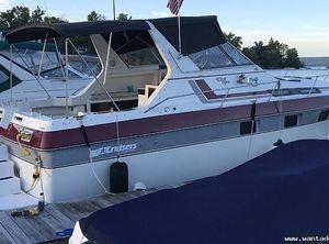 1987 Cruisers 336 Ultra Vee