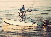 2022 Yellowfin 26 Hybrid