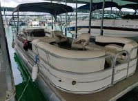 2005 Sun Tracker 27 Party Barge