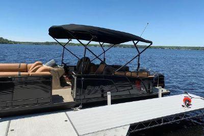 2019 Godfrey Aqua Patio 255 SB TT-27
