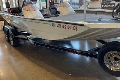 2019 Alumacraft XB 200