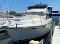 1988 Carver 3807 Motor Yacht