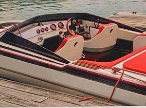 1988 Checkmate Boats Inc 241 GTX Enforcer