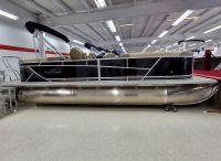2021 SunChaser Geneva Cruise 24 LR DH