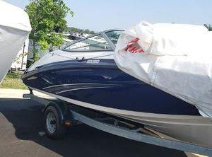 2014 Yamaha Boats SX190 With Galvanized Trailer