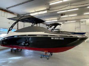 2017 Yamaha Boats 242 Limited