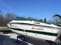 2004 Larson Lxi 270