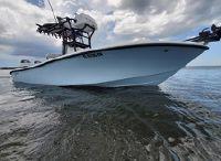 2019 Yellowfin 26 Hybrid