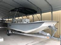 2017 Clearwater 1900 center console