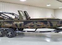 2021 SeaArk Predator 220 Hybrid