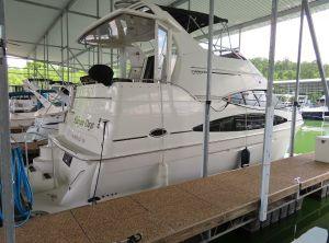 2004 Carver 366 Motor Yacht