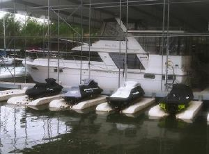 1992 Carver 42 Motor Yacht