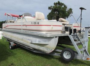 2008 Cypress Cay 200 Angler
