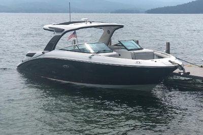 2019 Sea Ray 350 SLX