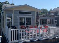 2018 Harbor Cottage 16 x 84
