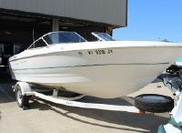 2000 Bayliner Capri 2150 LX BR