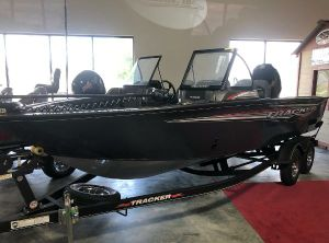2021 Tracker Targa V-19 WT