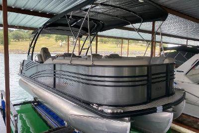 2019 Harris FloteBote Grand Mariner 230
