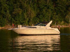 1990 Sea Ray 270 Sundancer Cabin Cruiser