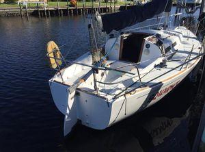 1985 J Boats J/30