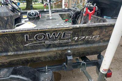 2017 Lowe Rough neck 1756