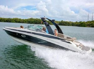 2022 Crownline 290 SS