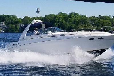 1999 Sea Ray 380 Sundacer